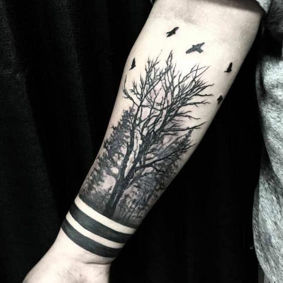 inspiracao de tattoo floresta negra