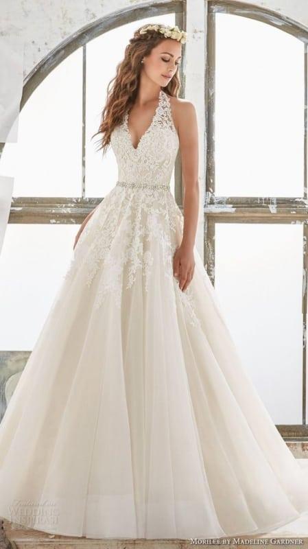 vestido de noiva frente unica com saia rodada