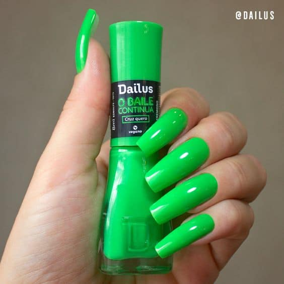 esmalte da moda verde neon Dailus