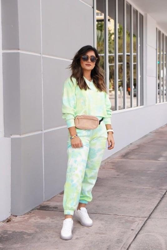 look com conjunto de moletom tie dye verde