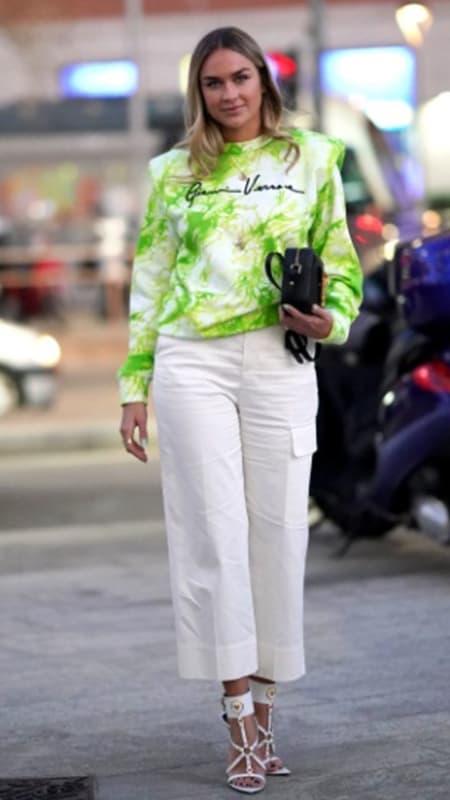 look com calca pantacourt e moletom tie dye verde