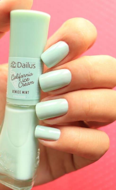 esmalte da moda verde claro Dailus