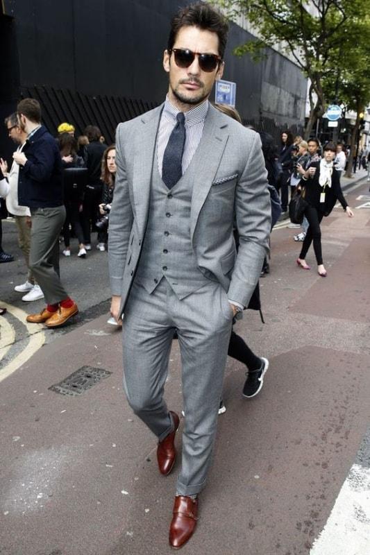 traje passeio completo com terno e colete