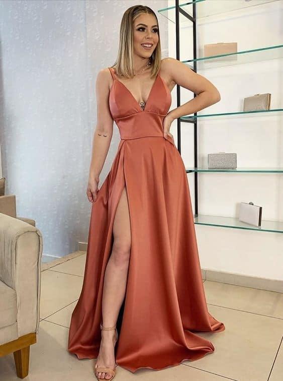 look feminino com vestido longo