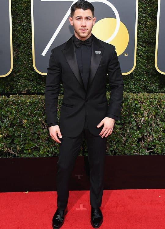 traje black tie masculino