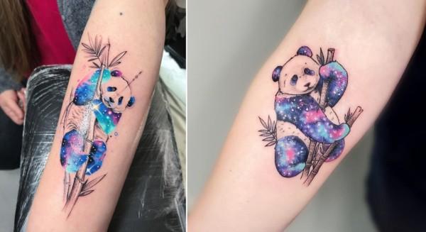 tatuagem de panda com galaxia