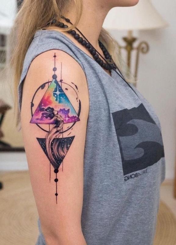 tatuagem triangulo Universo
