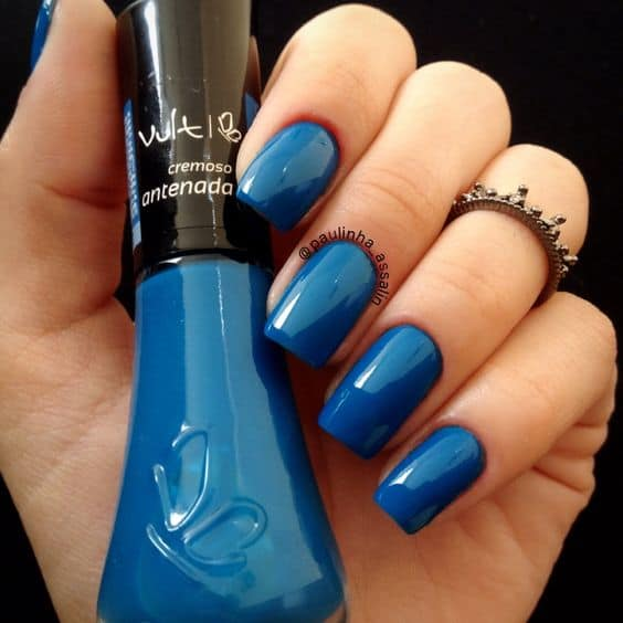 esmalte azul vult